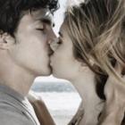 Thumbnail image for Pierwszy Pocałunek – Dlaczego Lepiej NIE Całować Dziewczyny Zbyt Wcześnie