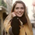 Thumbnail image for Jak Zagadać Do Dziewczyny – Jak Dobrze Zagadać Kobietę Krok Po Kroku i Podtrzymać Interesującą Rozmowę? Przykładowa Rozmowa i 4 Gotowe Rozpoczęcia