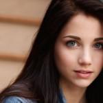 <b>Cicha Dziewczyna - Jak Przerwać Niezręczną Ciszę? </b>