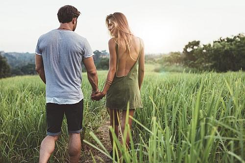 dziewczyna chce tylko seksu i nie szuka chłopaka sygnały że nie kocha