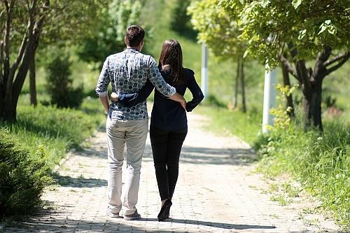 jak wybrać odpowiednią dziewczynę do związku