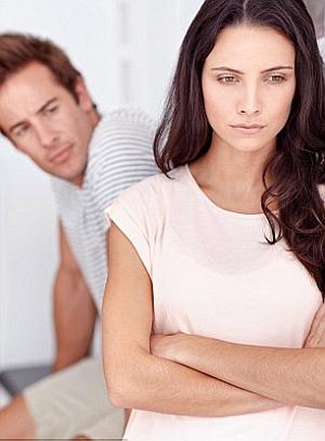 jak zatrzymać kobietę która chce odejść i unika seksu